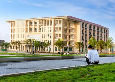 四川省成都市第二十一中學怎么樣